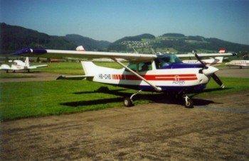 Cessna C182RG